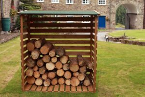 Wooden Log Store (467)